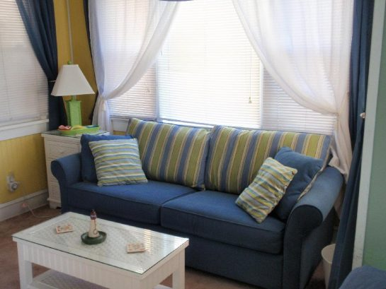 Queen size pull-out sofa