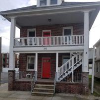Wildwood Brick House, 2 large apts, PROM WEEKENDS/SENIOR WEEKS, J1 STUDENTS WELCOME