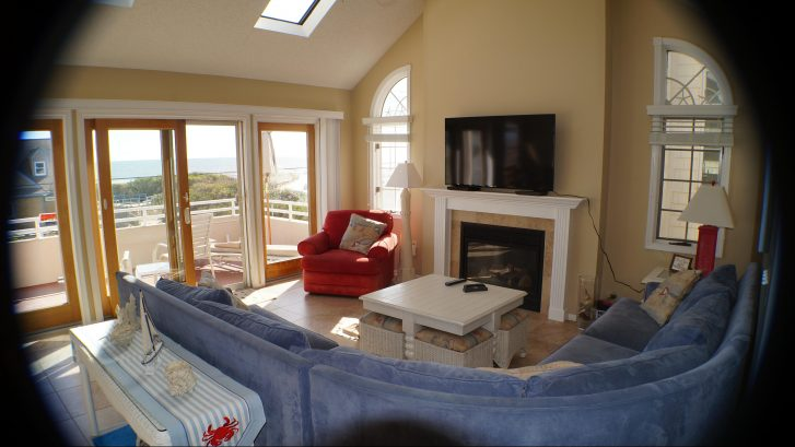 Great place to kick back and enjoy a glass of wine and the ocean views!