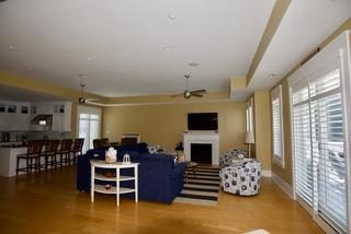 SPACIOUS LIVING AREA WITH DECK