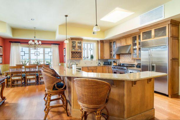 Large Granite Kitchen Counter