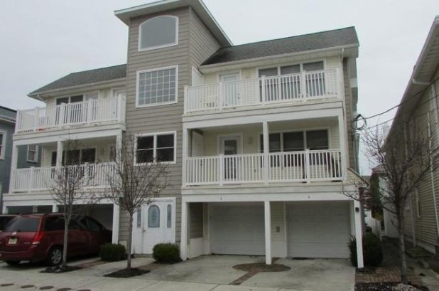 Perfect Wildwood Location Close to Beach and Boardwalk