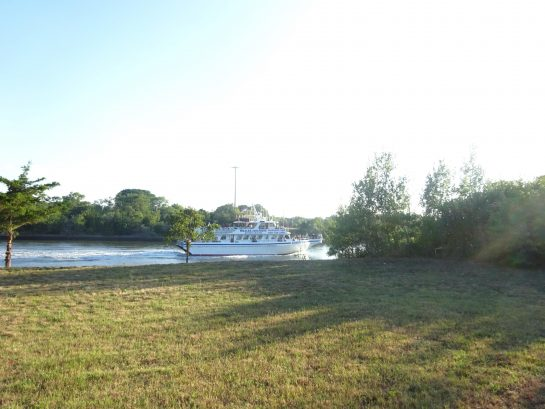 The canal is 100 yards from the house, a leisurely walk to watch the boats on the canal.