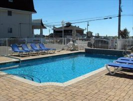 211 Beach Avenue Unit 7 Broadway Beach