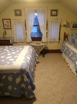 Queen size bed and single bed