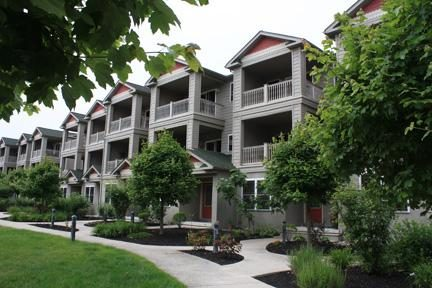 Ideal Family Vacation Townhome with Pool! Enjoy this spacious 3 story condo