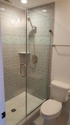 1st floor north queen bedroom - bath