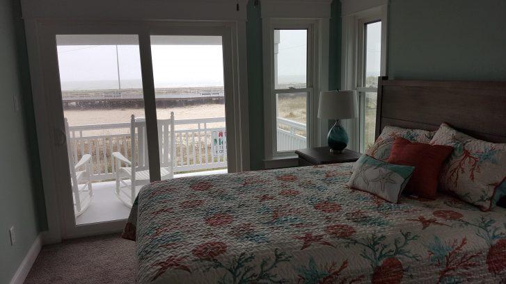 1st floor south queen bedroom