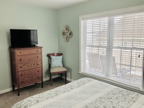 Bedroom #4 - cable tv, beach views