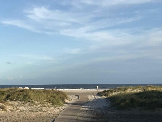 One short block to the beautiful beach at Stockton Road !