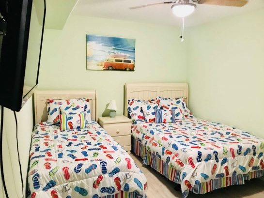 2nd Bedroom with one Full Size and one Twin bed