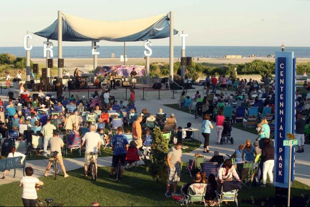 Twice Weekly Free Concerts at Centennial Park