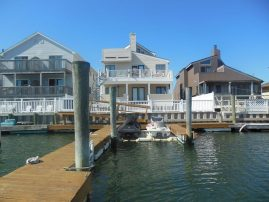 Water Front Condo Beautiful family oriented Boat Slip
