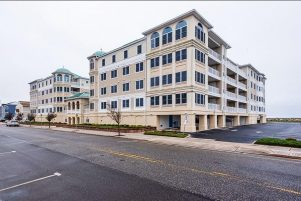 The Pointe at Moore's Inlet Luxury Oceanfront Condo, Pool/Hot Tub, WiFi