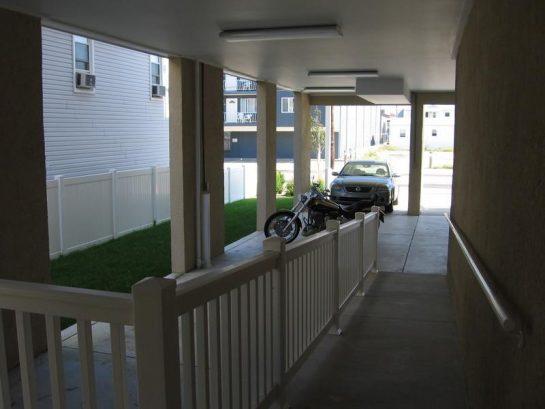 4 Car Parking