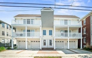 *** New Rental *** Fantastic Top Floor Wildwood Condo, steps from Beaches, Boardwalk & Morey's Piers