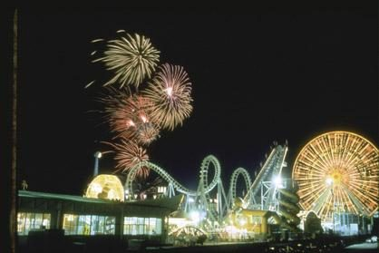 Boardwalk Fireworks (Fri 10pm)