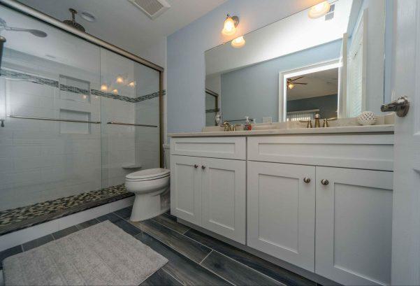 Master bedroom en suite bathroom, double vanity, rain shower
