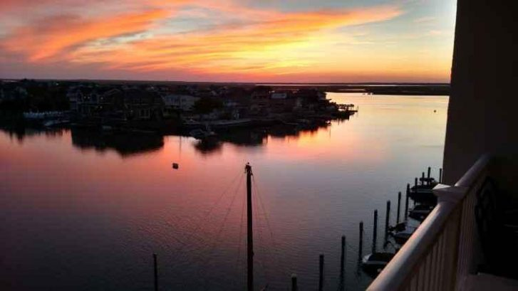 Romantic & Charming Condo -On Bay-Heart of Stone Harbor Town