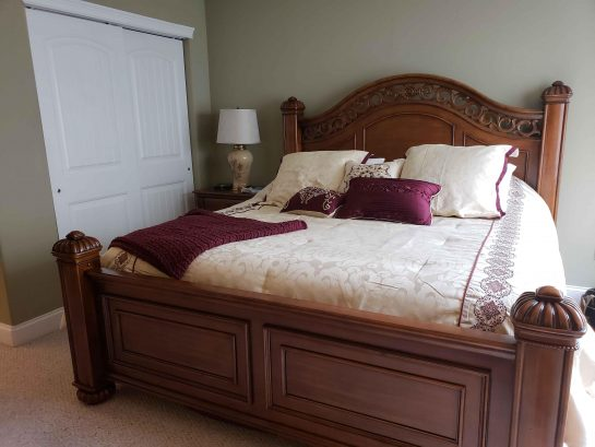 Master Suite- with King sized bed!