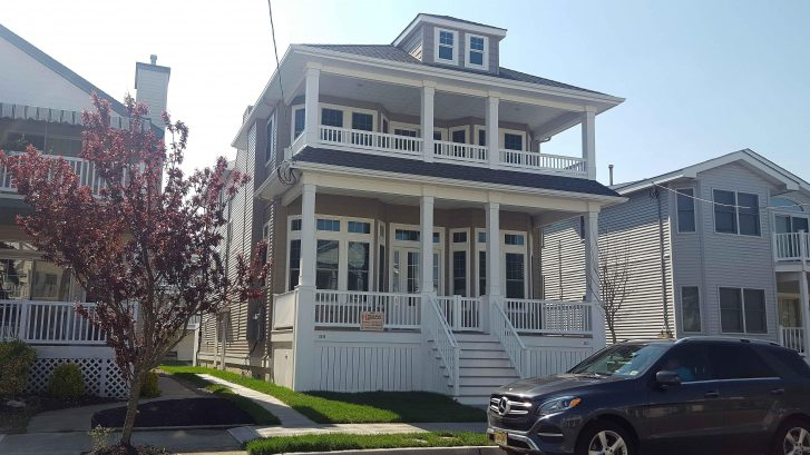 New, Upscale 4BR 2nd Floor .. Steps to Ocean City's Finest Beach ... 8 Beach Passes included!