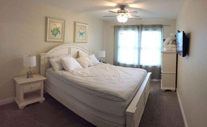 "Master bedroom w/king bed & 32"" HD TV"