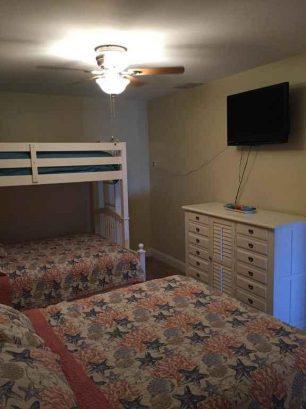 """Bedroom #3 w/ceiling fan, 32"""" HDTV"""