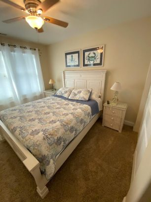 Bedroom #2 w/queen bed