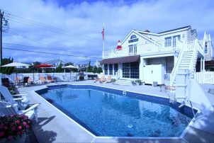 South End Avalon Beach Block, 3rd House From Beach, Large Pool, Ocean Views