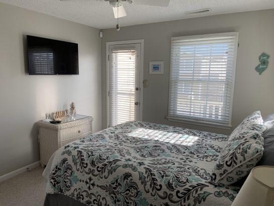 Bedroom #3 Master - Queen Bed