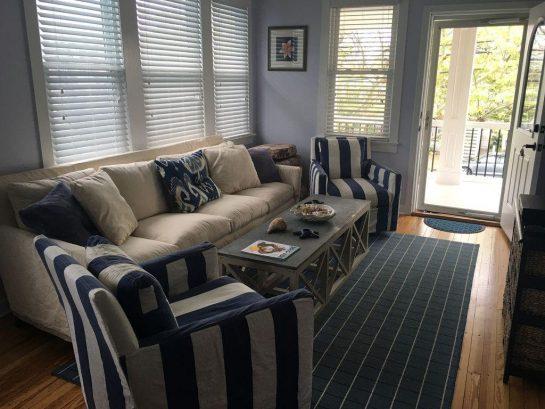 2nd floor unit - living room