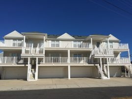 19th and Surf, One Block to Beach, 3bed/2ba, Newly Renovated