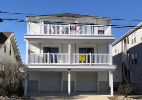 Spacious & cozy 2nd Floor Wildwood Condo