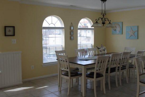 Kitchen Eating Area 1st Floor