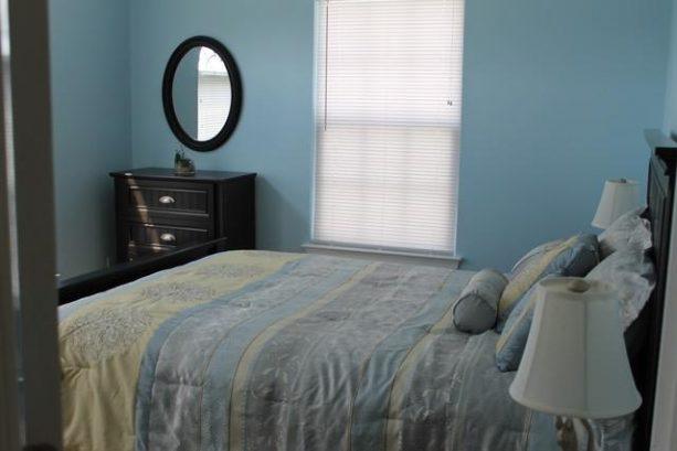 2nd Bedroom Queen Bed Has Ceiling Fan & TV