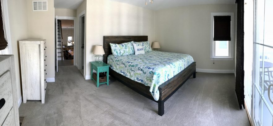 1st floor mini-master with covered private deck - ensuite bathroom (Sleeps 2)