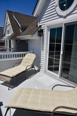 Sun deck lounge chairs