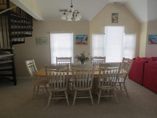Dining Area- Seats 8