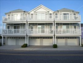 Central Location! 1.5 Blocks to Boardwalk. Sleeps 8 Comfortably.