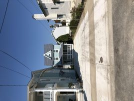 Great Location! Ocean View! Steps to the Sea Wall.