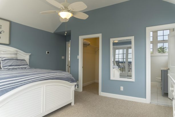 3rd floor private master with large walk in closet