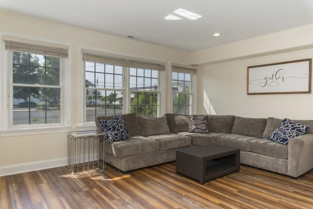 Perfect separated family room offers ample space for the kids!