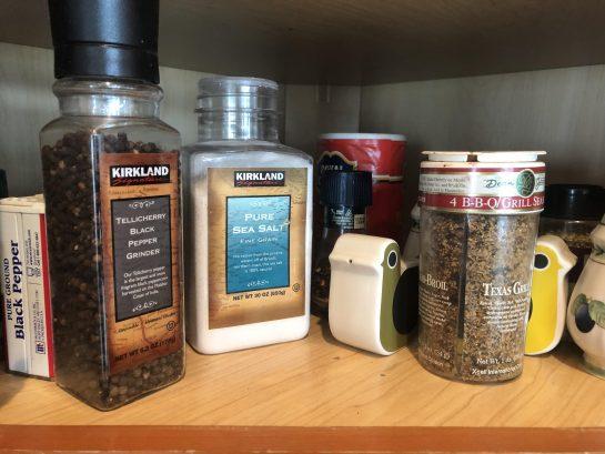 Salt-pepper-spices