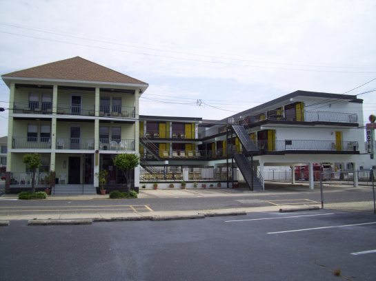 Wildwood Sunflower apartments and rooms, FAMILY RENTALS, PROM WEEKENDS