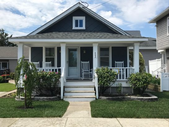 Best Little Shore House on 4th