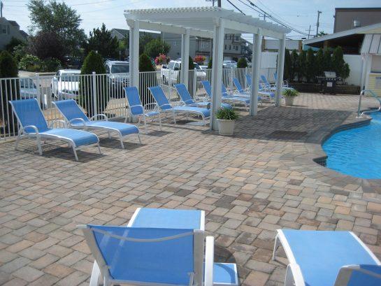 Pool Area.. Beach 1 Block Away