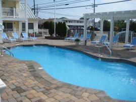 Pristine Luxury Condo w/ Pool Labor Day Week Special - 8/31 -9/7 - Ground Floor - 1 Block to Beach