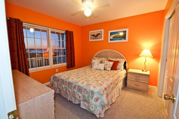 After a great day out on the town get a Great Nights Rest in your large and comfortable 2nd bedroom! Enjoy great ocean and water views from the window or better yet go out onto the outside deck to enjoy the views and the fresh sea air! No expense ...