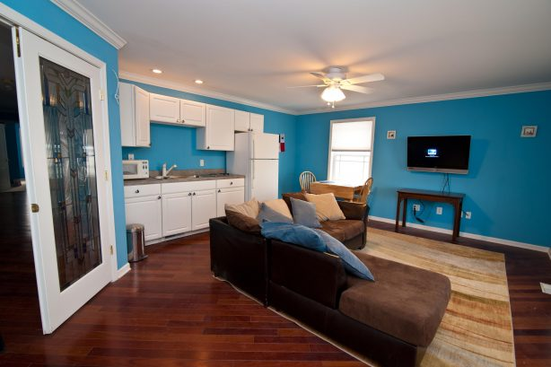 ❤️ The Corner Beach House has not only one great kitchen & living room but TWO great Kitchen & Living Rooms! The kitchen is Stocked with Everything you could need! There is also a Large HDTV with Free HBO, Sports Channels, and over 300 channels av...