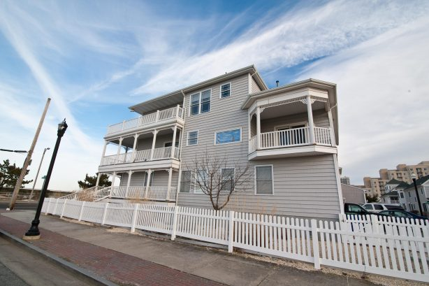 """❤️ Welcome to your custom built """"Corner Beach House"""" for the GUARANTEED BEST Ocean and Inlet views available in Atlantic City. From any one of five decks watch a sunrise and a sunset, see the casinos light up for the evening, feel the ocean breeze..."""